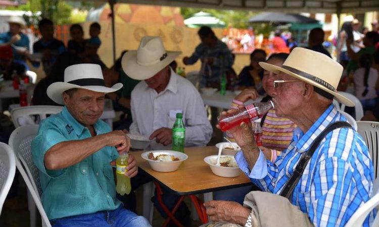 Urrao se convierte en el segundo municipio de Antioquía en prohibir el icopor y el plástico