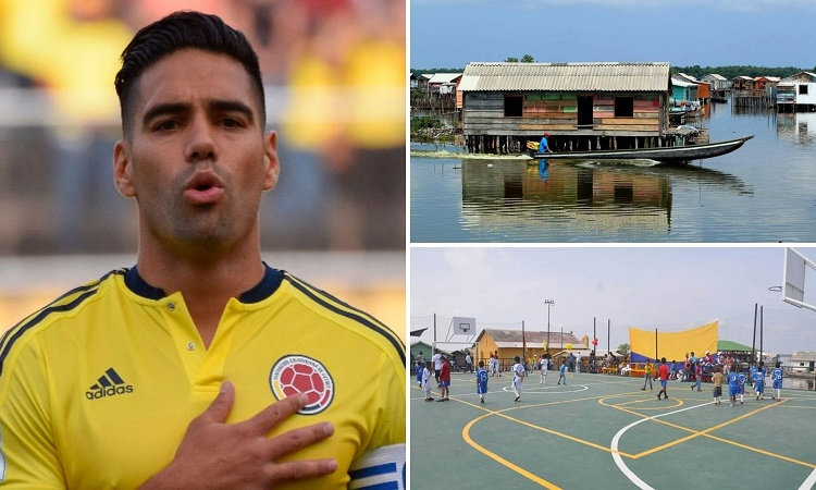 El día que Falcao ayudó a construir la primera cancha de fútbol sobre agua en Colombia