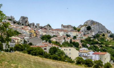 La región de Italia que recibe a quien quiera vivir allá y les paga por hacerlo