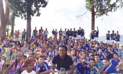 De esta manera Juan Guillermo Cuadrado transforma el corazón de niños y familias necesitadas