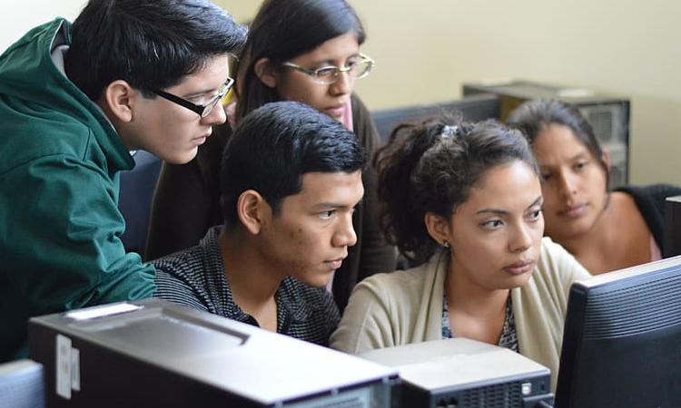Habilitan 25 mil becas en habilidades tecnológicas para colombianos La Nota Positiva