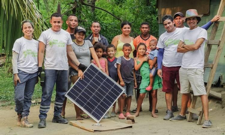 Los colombianos que proveen de agua, energía y saneamiento a comunidades rurales