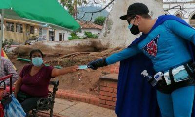 Tapabocaman, el superhéroe que lucha contra el COVID-19