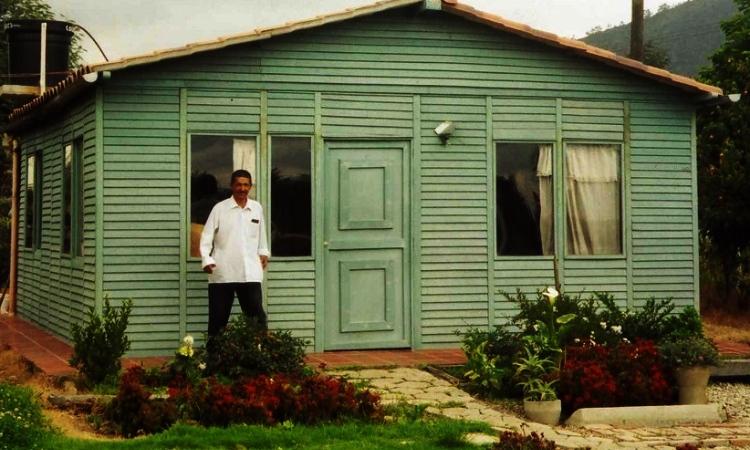 Colombianos crean casas prefabricadas certificadas utilizando plásticos recuperados