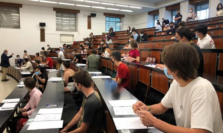 Universidad de Salamanca en España ofrece becas para colombianos