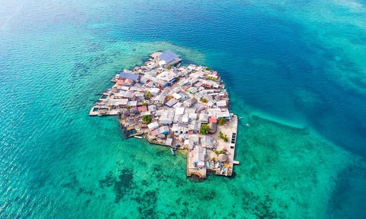 La isla densamente más poblada del mundo: el primer territorio nacional vacunado totalmente