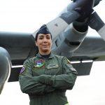 Por primera vez, una mujer vuela al mando del Hércules de la Fuerza Aérea Colombiana